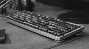 Retro Wireless Keyboard
